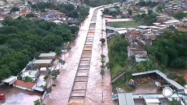 #euroviews : tempête au Brésil, le siège de Leningrad commémoré, crise politique en Slovénie