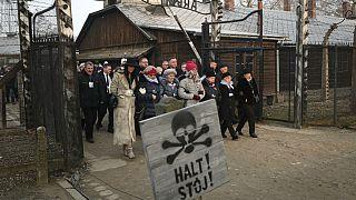 برگزاری مراسم هفتاد و پنجمین سالگرد آزادی اردوگاه آشویتس در لهستان
