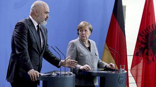 Меркель ждёт Скопье и Тирану в ЕС