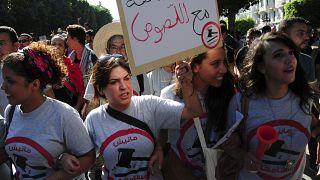 الموت يغيب المدونة والنّاشطة التونسية لينا بن مهني