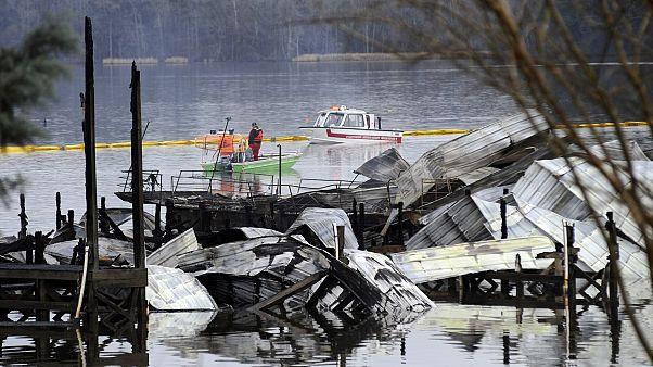 دهها قایق در آلاباما طعمه حریق شد؛ دستکم ۸ نفر جان باختند