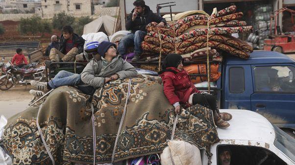 آخرین نبرد ارتش سوریه برای کنترل آخرین سنگر مخالفان مسلح در ادلب؛ هزاران سوری میگریزند