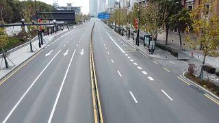 Les rues désertes de Wuhan ce mardi