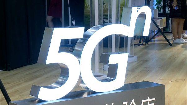 5G: via libera del Regno Unito a Huawei ma a sovranità limitata