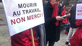 Anche il Belgio in piazza per le pensioni: corteo di protesta a Bruxelles