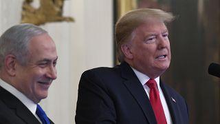 الرئيس الأميركي دونالد ترامب ورئيس الوزراء الإسرائيلي بنيامين نتنياهو في البيت الأبيض