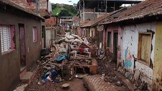 В Бразилии растет число жертв наводнений и оползней