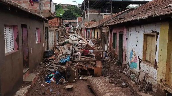 Chuvas em Minas Gerais fazem 53 mortos em cinco dias