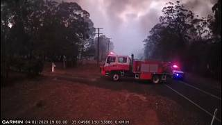 Denkbar knapp: Feuerwehrleute springen dem Tod von der Schippe