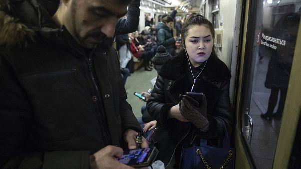 Министр связи предложил дать силовикам онлайн-доступ к данным россиян
