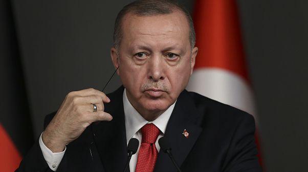 إردوغان يتهم روسيا بعدم احترام الاتفاقات المبرمة مع تركيا