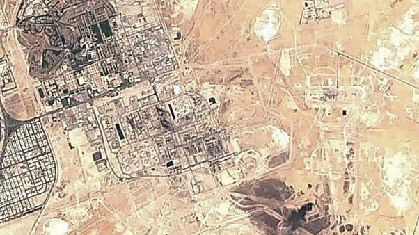 عکس ماهوارهای از  تاسیسات نفتی عربستان