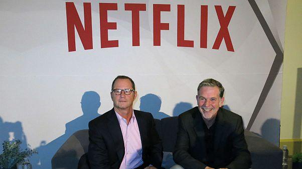 رید هاستینگیز، مدیرعامل(سمت راست) و جاناتان فریدلند، مدیر روابط عمومی(سمت چپ) شرکت نتفلیکس
