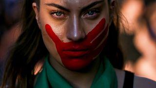 Kadına karşı şiddete 'hayır' yürüyüşü