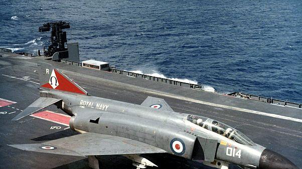 بریتانیا فرماندهی «تامین امنیت کشتیرانی در خلیج فارس» را از آمریکا تحویل گرفت