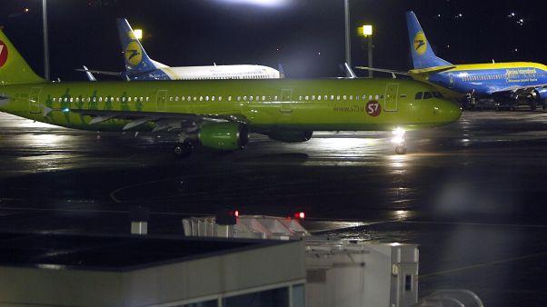 طائرة روسية تهبط إضطراريا في موسكو بعد تهديد راكبة بتفجير نفسها