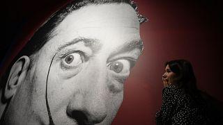 İsveç'teki sanat galerisinden Salvador Dali'nin bronz heykelleri çalındı