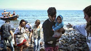 Griechenland plant schwimmende See-Barrieren gegen Migranten