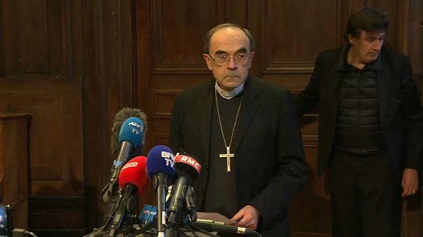 Pedofilia: non ha coperto gli abusi sessuali, assolto il cardinale Barbarin