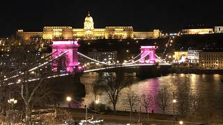 Rózsaszín fények éjszakája Budapesten