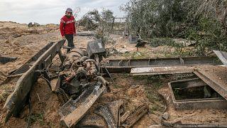 بعد إطلاق صواريخ من غزة...اسرائيل تقصف أهدافا لحماس