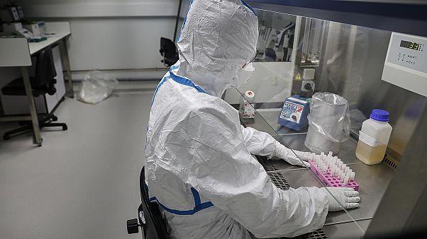 AB'den yeni tip koronavirüsün araştırılması için 10 milyon euro hibe