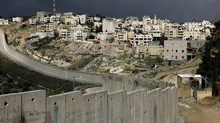 بلدة أبو ديس يفصلها الجدار الإسرائيلي- 29 يناير 2020