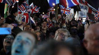 شادی هواداران برکسیت در شب ۳۱ ژانویه ۲۰۲۰ در لندن