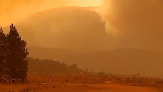 Wildfires threaten villages near the Australian capital Canberra