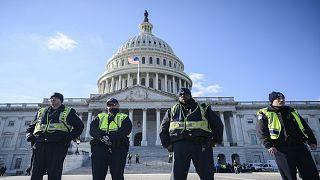 الولايات المتحدة توقف رجلا يتهمه العراق باغتيال شرطيين