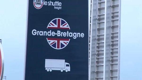 A brexit ellenére is át akarnak jutni Calais-ből a brit oldalra