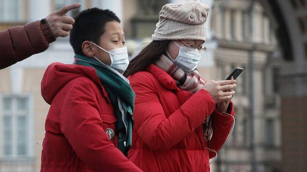 Rusya'nın St. Petersburg kentinde Çin'den gelen turistler