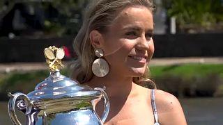Sofia Kenin disfruta a lo grande de su victoria en el Abierto de Australia