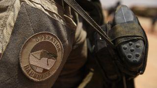 Le logo de l'opération Barkhane sur un uniforme militaire français, à Gao au Mali, le 19 mai 2017