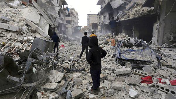 در حملات هوایی به مناطق تحت کنترل شورشیان سوریه ۹ غیرنظامی کشته شدند
