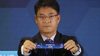 فيروس كورونا يلقي بظلاله على كرة القدم الآسيوية