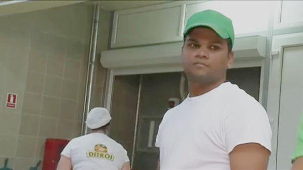 """""""Semmiképp sem"""" bocsátja el két Srí Lanka-i vendégmunkását a ditrói pékség tulajdonosa"""