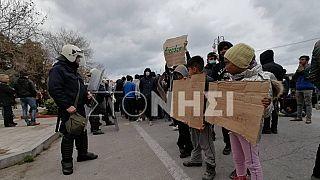 Λέσβος: Ένταση λόγω διαμαρτυρίας προσφύγων