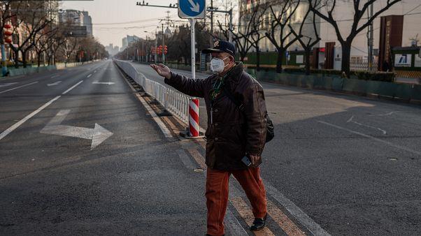 أحياء في الصين تطارد المسافرين العائدين من ووهان وجوائز مالية لمن يقدم معلومات عنهم