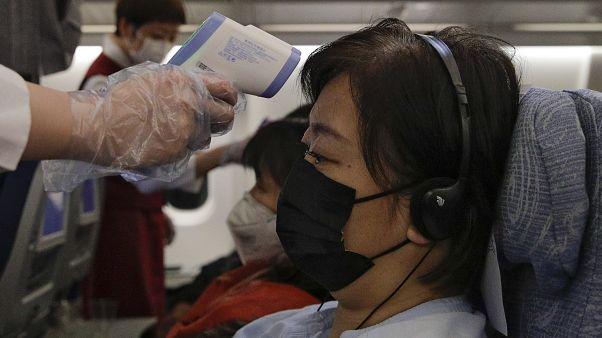 República Checa suspende temporalmente sus vuelos con China para evitar la extensión del coronavirus