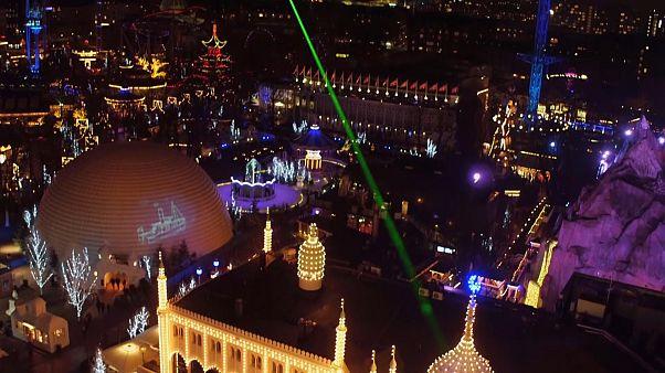 شاهد: الأنوار تغزو العاصمة الدنماركية كوبنهاغن