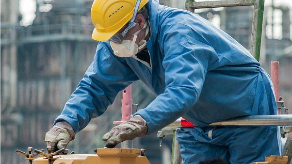 چند سال طول میکشد تا پناهجویان در آلمان کار ثابت پیدا کنند؟