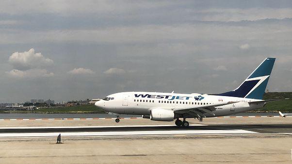 Toronto'dan Jamaika'ya gitmek üzere kalkış yapan Westjet uçağı 'koronavirüs şakası' nedeniyle geri döndü