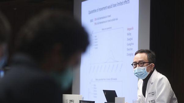 Jetzt werden Straßen desinfiziert: 5 Mal mehr Coronavirus Fälle?