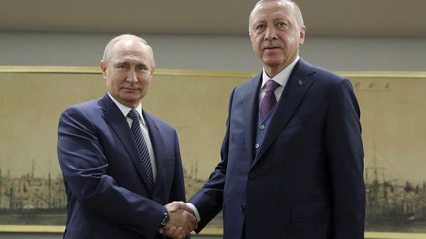 Cumhurbaşkanı Erdoğan Rusya Devlet Başkanı Putin ile telefonda İdlib ve Libya'yı görüştü