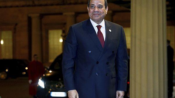 مصر تلوح بتدخل مباشر في ليبيا