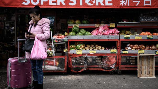 Овощной магазин в Париже