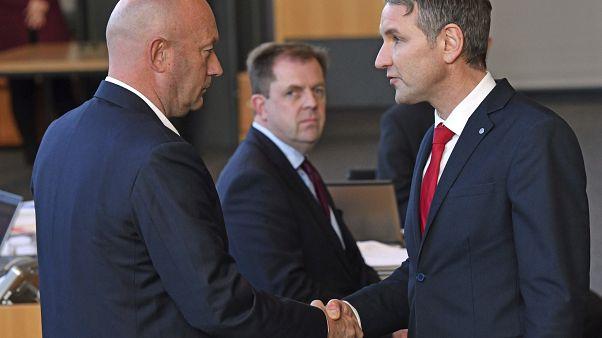 Nach Thüringen-Wahl: Politisches Beben bis nach Berlin
