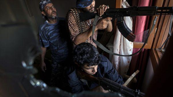 Türkiye'nin Libya'ya IŞİD ve El Kaide bağlantılı savaşçı gönderdiği iddia edildi