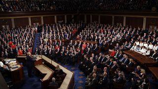 مجلس الشيوخ الأمريكي يُبرّئ ترامب من التهمتين الموجهتين إليه في قضية عزله